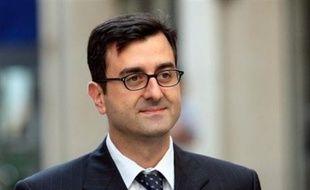 Imad Lahoud, soupçonné d'avoir falsifié les listings Clearstream, affirme, dans Le Point à paraître jeudi, avoir lui-même ajouté le nom de Nicolas Sarkozy sur ces listings depuis le bureau d'Yves Bertrand, alors patron des RG, qui a annoncé son intention de porter plainte contre l'hebdomadaire.