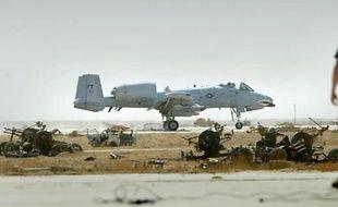 """Un avion d'attaque au sol A-10 """"Warthog"""", sur une base américaine du sud de l'Irak le 29 mars 2003"""