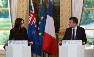 Le 15 mai 2019, la France et la Nouvelle Zélande appelaient les Etats, la société civile et l'industrie du numérique à s'engager contre la diffusion de contenus violents en ligne.