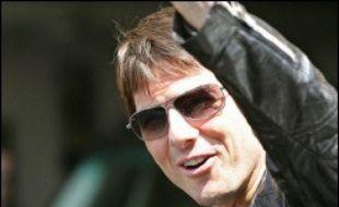 Tom Cruise, qui épouse ce week-end en Italie sa compagne Katie Holmes, est considéré comme l'acteur le plus influent et le mieux payé d'Hollywood, mais son comportement controversé lui a valu dernièrement plusieurs retours de bâton.