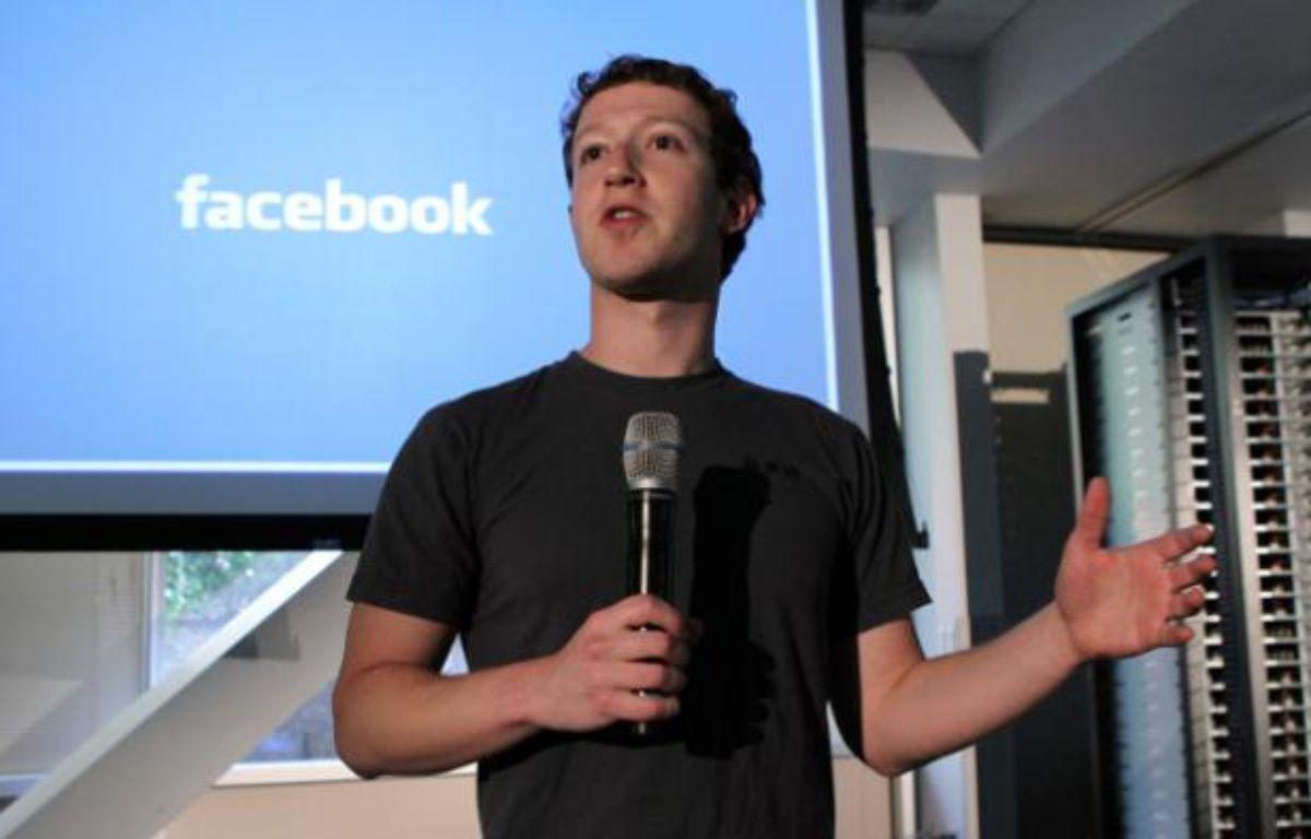 Mark Zuckerberg présente l'initiative de Facebook, Open Compute, le 7 avril 2011. – N.V.D.GROEBEN/REUTERS
