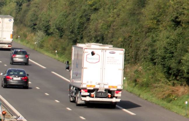 Bretagne: Le patron d'une entreprise de transport accusé d'avoir fait travailler 42 chauffeurs sans papiers