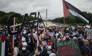 Lors de la manifestation de plusieurs centaines de personnes pour la Palestine, sur le mall de Washington samedi.
