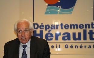 André Vezinhet, président du Conseil général de l'Hérault, porte le flambeau du PS