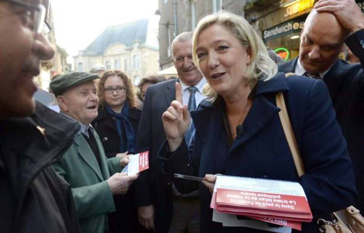 Marine Le Pen (FN) était à Fougères (Ille-et-Vilaine) samedi 26 octobre 2013. – THOMAS BREGARDIS / AFP