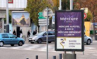 Panneaux publicitaires à Grenoble, le 25 novembre 2014