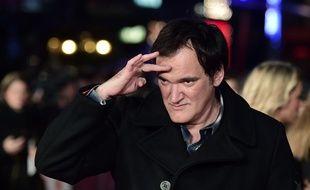 Quentin Tarantino sur le tapis rouge de l'avant-première européenne des «8 Salopards», à Londres, le 10 décembre 2015. AFP PHOTO / LEON NEAL