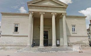 Le tribunal correctionnel de Périgueux.