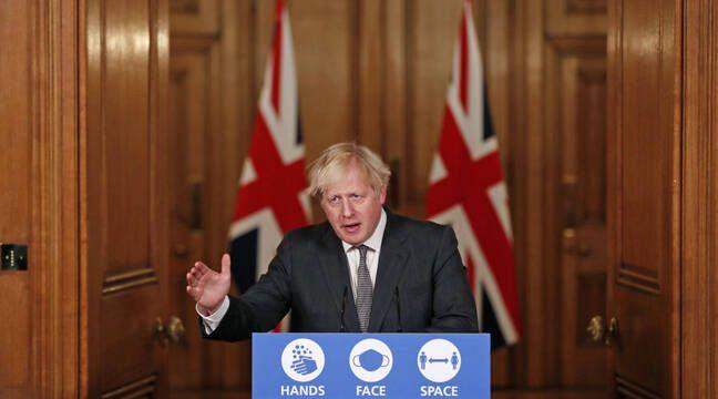 Coronavirus: Boris Johnson envisage de plus fortes restrictions en Angleterre