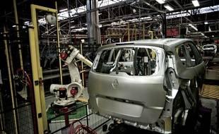 Renault va recruter 1000 personnes en CDI en 2015.
