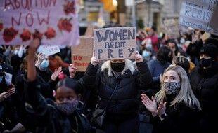 Une manifestation contre les violences faites aux femmes à Londres le 15 mars 2021, après la mort de Sarah Everard.