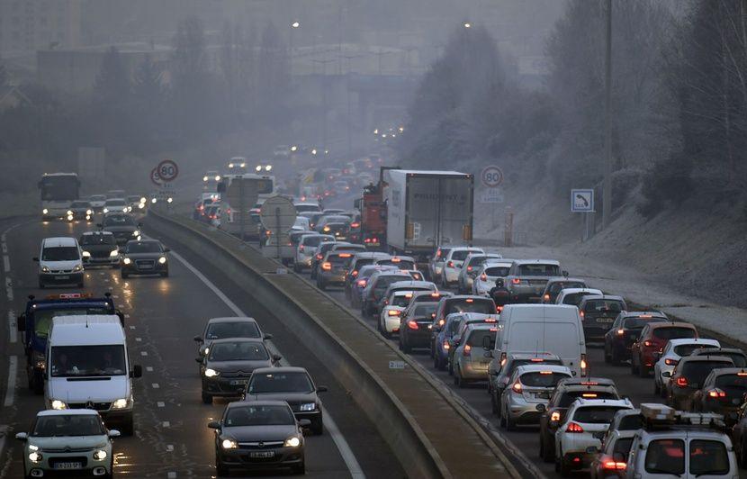 Pic de pollution: Les députés rendent automatiques les restrictions de circulation