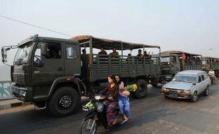 Après trois jours d'une flambée de violences entre bouddhistes et musulmans qui a fait au moins 20 morts, l'armée birmane avait repris samedi le contrôle de la ville de Meiktila, dans le centre du pays, soulagée par l'état d'urgence.