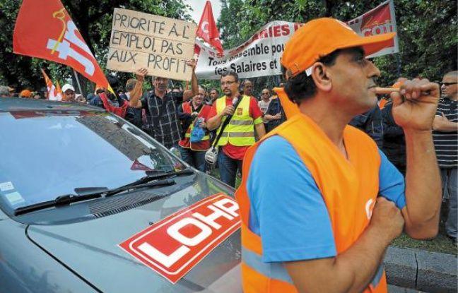 Après une opération escargot, les salariés ont manifesté place de la République.
