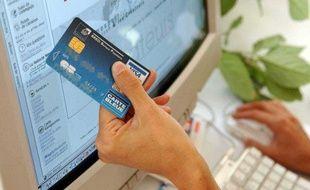 Paiement sur Internet par carte bancaire.