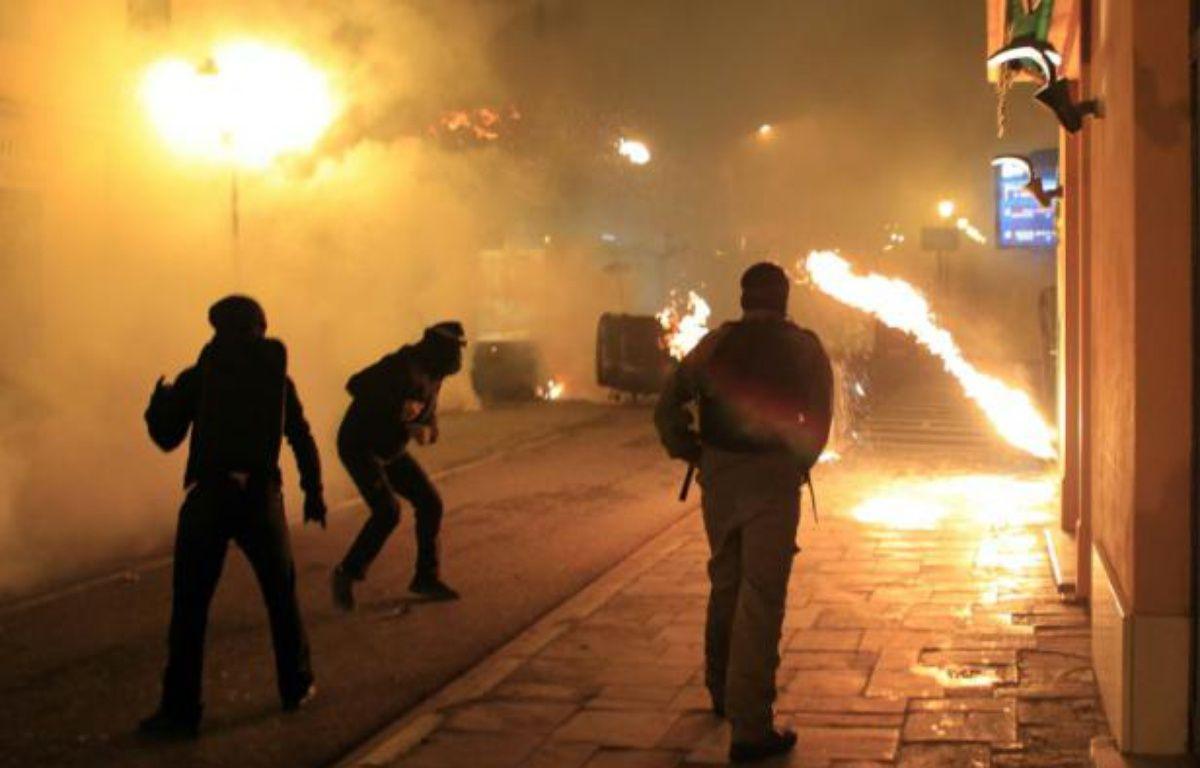 Des affrontements entre manifestants et policiers à Corte, en Corse, le 16 février 2016 – Pascal Pochard Casabianca AFP