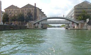 L'obus a été repêché dans le canal de l'Ourcq. (Illustration)