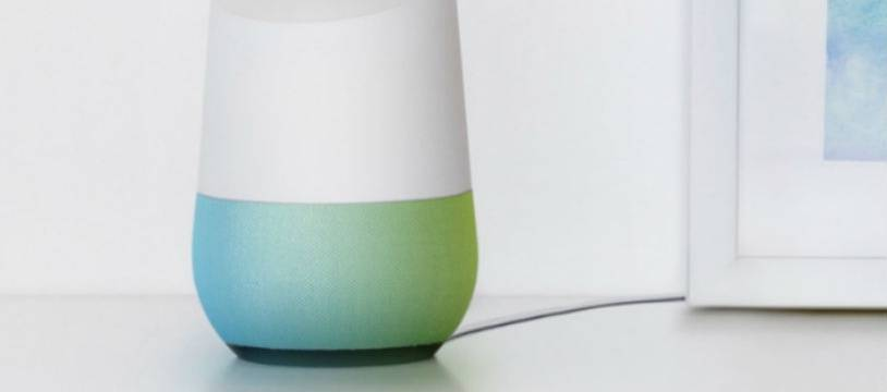 L'enceinte Google Home, lancée en France en août 2017.