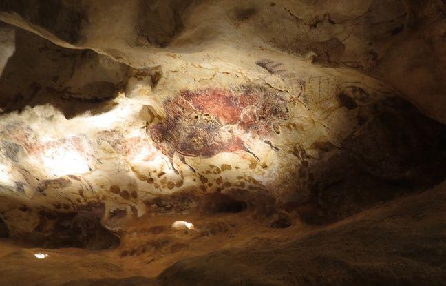130 lampes à graisse ont été retrouvées par les archéologues. Elles ont servi à éclairer les peintres de Lascaux.