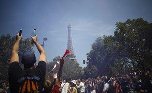 Le Champ-de-Mars est bondé avant France-Croatie.