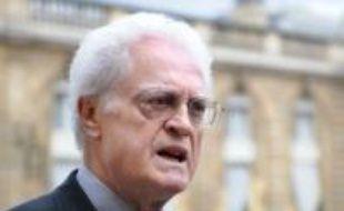 L'ex-Premier ministre socialiste Lionel Jospin a évoqué vendredi à l'Elysée avec Nicolas Sarkozy la présidence française de l'Union européenne (UE), qui débute le 1er juillet, en insistant auprès de lui sur l'Europe sociale et le traitement de la crise financière.