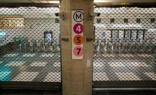 Après 45 jours de grève, le trafic devrait revenir à la normale lundi sur 12 lignes du métro.
