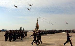 Les troupes irakiennes défilent à Bagdad le 6 janvier 2016