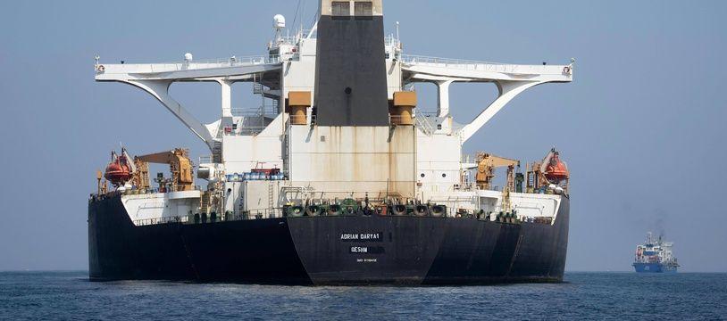 """Le pétrolier Grace 1 a été rebaptisé """"Adrian Darya 1"""" et est passé sous pavillon iranien, il est au centre d'un bras de fer entre Téhéran, Londres et Washington."""