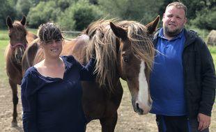 A la tête de l'association Trotteur For Ever, Noémie et Mathieu ont déjà permis à plus de 200 chevaux d'échapper à l'abattoir.