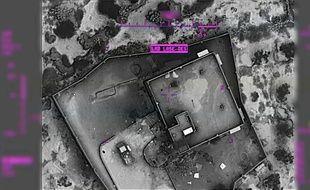 Une vue aérienne du complexe dans lequel se trouvait chef de Daesh Abou Bakr al-Baghdadi, publiée par l'armée américaine.