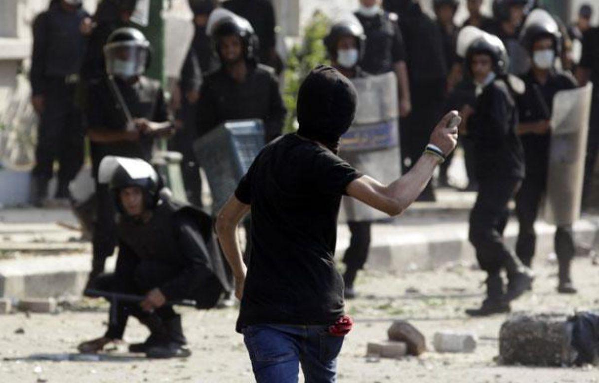 Affrontements entre manifestants et forces de l'ordre, le 13 septembre 2012, au Caire (Egypte). – M. ABD EL GHANY / REUTERS