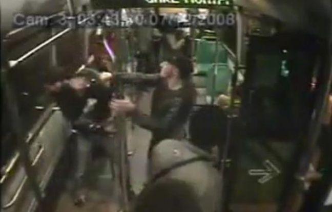 Capture d'écran de la vidéo qui montre une supposée agression dans un bus de nuit de la RATP