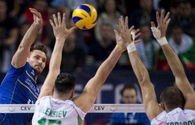 Le franais Antonin Rouzier face  la Bulgarie en demi-finale de l'Euro de Volley le 17 octobre 2015  Sofia (Bulgarie)