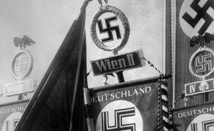 L'ancien chef de la Gestapo, Heinrich Müller, l'un des principaux responsables de la Shoah, a été enterré dans un cimetière juif de Berlin en 1945, affirme le quotidien allemand Bild jeudi, en citant des documents retrouvés par un historien.