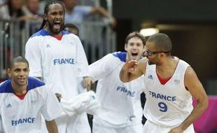 L'équipe de France face à la Lituanie, à Londres,le 2 août 2012.