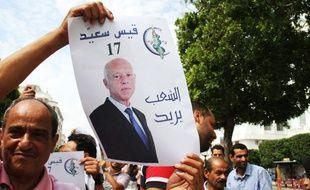 Le candidat Kais Said assure être qualifié au deuxième tour des élections présidentielles en Tunisie.