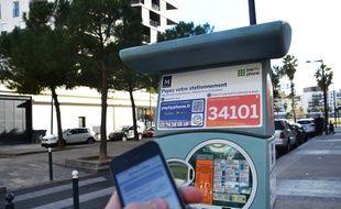 On a testé le dispositif de paiement par smartphone du stationnement à Port-Marianne, près du bassin Jacques-Coeur, à Montpellier