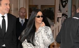 La femme d'affaires Kim Kardashian à Paris