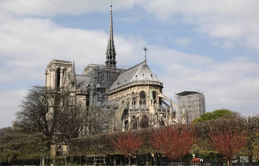 Incendie à Notre-Dame de Paris: Disparu, le coq de la flèche a été retrouvé