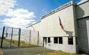 La prison de Corbas fut construite pour être un modèle d'établissement pénitentiaire.