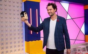 Eric Antoine a le sourire face aux audiences de « Lego Masters »