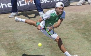 Lucas Pouille a remporté le tournoi de Stuttgart contre Feliciano Lopez.