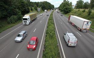 Circulation sur l'autoroute A4. (Illustration)