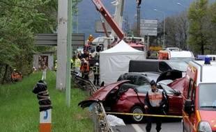 Le chauffeur du poids lourd à l'origine de l'accident qui a fait quatre morts et six blessés légers vendredi matin à Chambéry a été placé en garde à vue au commissariat de cette ville, a-t-on appris auprès du directeur de cabinet du préfet de Savoie, Rémi Bastille.