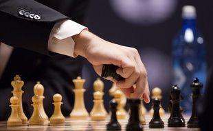 Un coup joué par Magnus Carlsen, le champion d'échecs norvégien, lors d'une partie en novembre 2016 contre Sergey Karjakin.