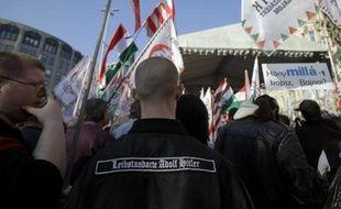 Les propos d'un député du parti d?extrême droite Jobbik, suggérant de dresser une liste des dirigeants juifs en Hongrie, ont provoqué mardi une vague d'indignation dans le pays qui a déjà connu ces derniers mois une multiplication des incidents antisémites.
