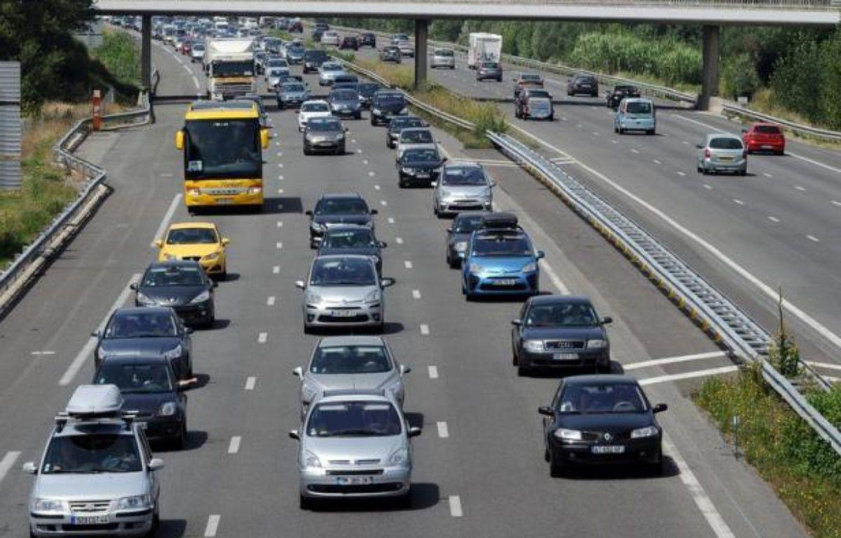 La circulation était dense samedi sur les routes de France, en cette journée classée orange dans le sens des retours pour le dernier week-end des vacances, selon le Centre national d'informations routières (Cnir) qui comptabilisait environ 330 km de bouchons. – Remy Gabalda afp.com