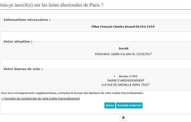 François Fillon reste fidèle à son ancien bureau de vote.