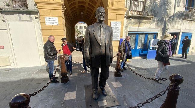 A nouveau abîmée, la statue de Chirac à Nice devrait être «renforcée»