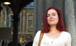 La Nordiste Justine Defrance raconte l'Histoire sur sa chaîne YouTube.